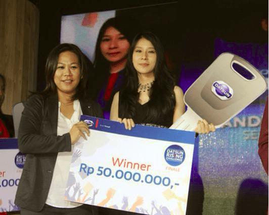 Monica Liando Mendapatkan Mendapatkan 1 Unit Datsun Go+ dan Uang Tunai 50 Juta Untuk Prestasinya