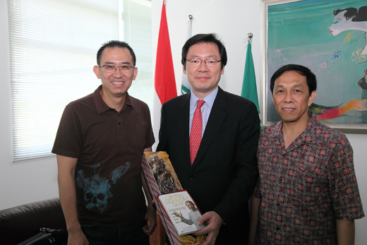 Mr Harun H., Mr. Jekuk, dan Mr. Tony Antonio
