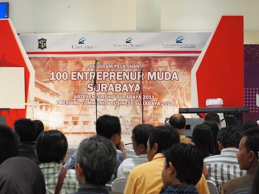 100 Entrepreneur Muda Surabaya