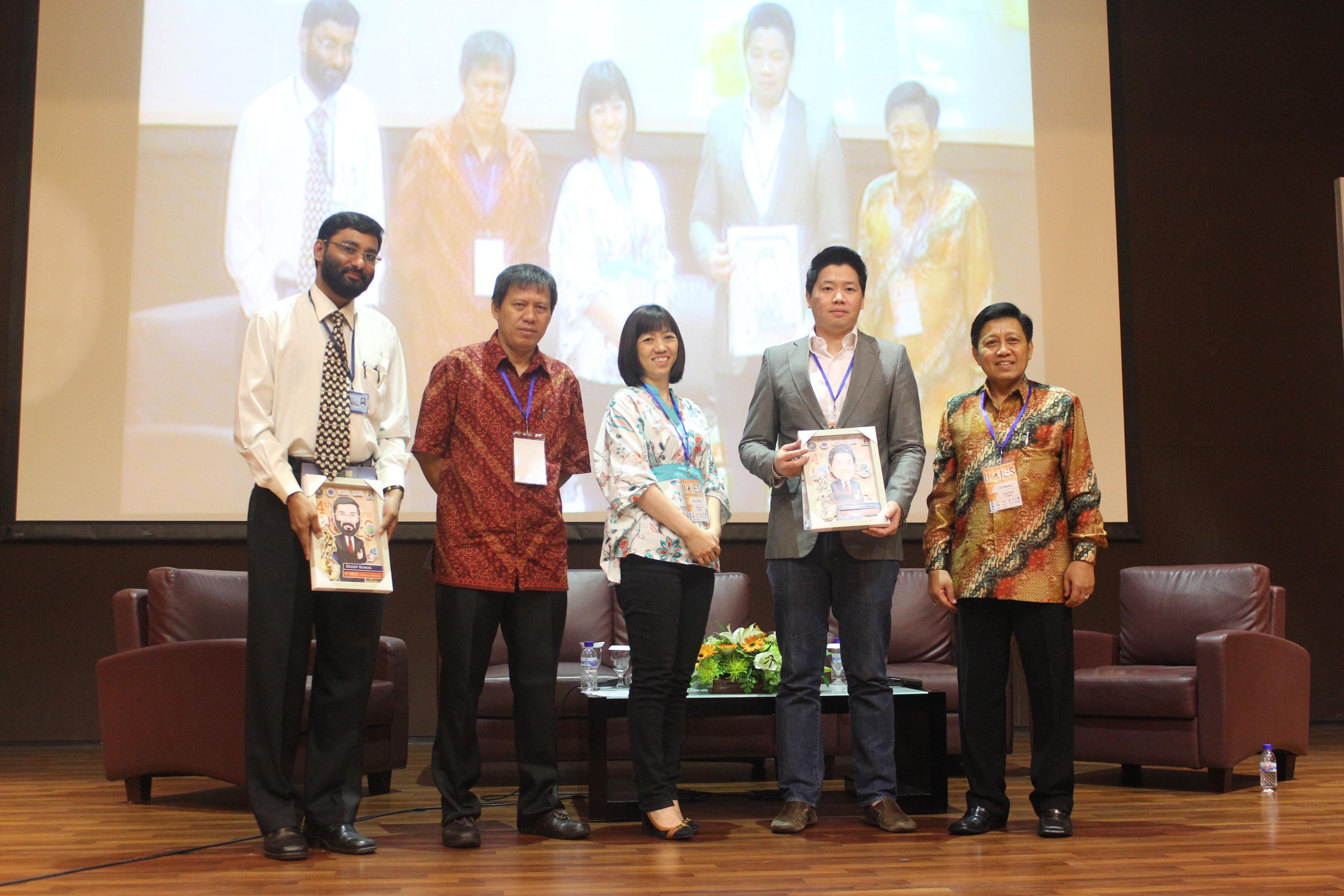 IICIES 2012 Day 2