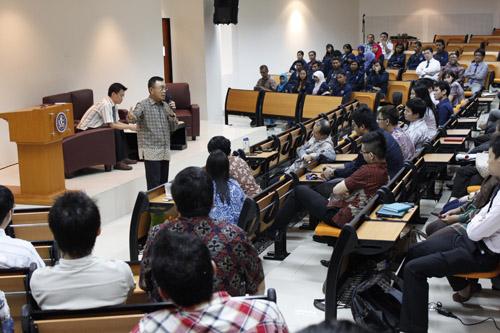 Presdir PT Nyonya Meneer bagikan ilmu untuk mahasiswa UC khusus Family Business