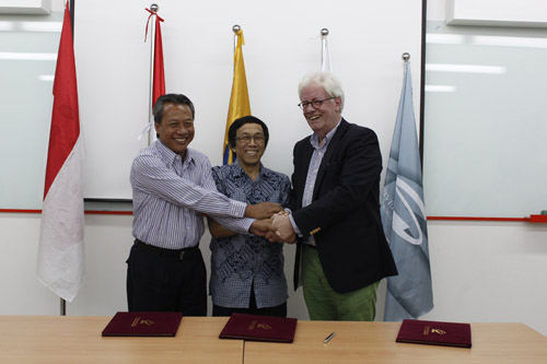 MoU – Graduate School UC with NYENRODE New Business School and Universitas Abdurachman Saleh