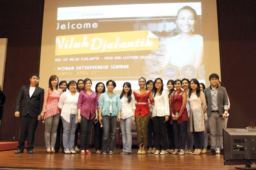 Woman Entrepreneur : Niluh Djelantik