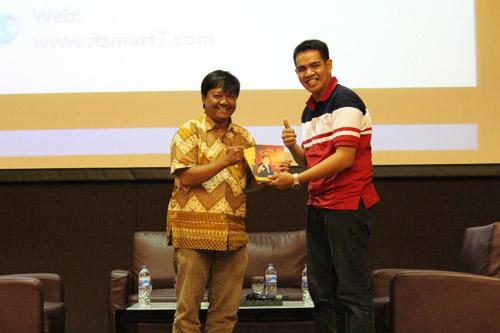 Techopreneur Seminar by Okky Tri Hutomo