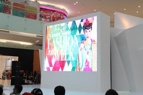 Ciputra World Fashion Week 2013
