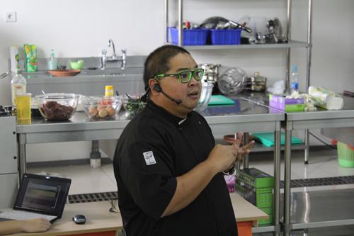 Chef Ragil (Host Makan Besar Trans 7)