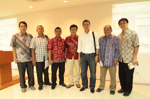 Foto bersama dengan KPK