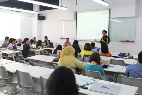 Belajar observasi pada Teh Tong Tji