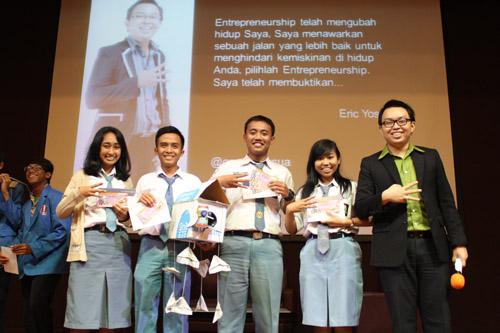 Juara 1 dalam Workshop Universitas Ciputra SMA Sooko Mojokerto