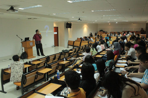 Mahasiswa Universitas Ciputra di Mata Kuliah KWN