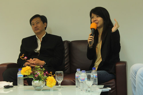 Pembicara Sustaining Business IT di Universitas Ciputra