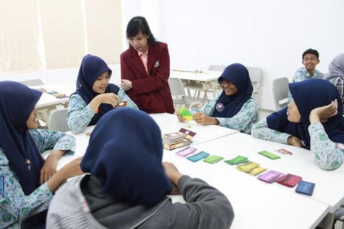 Workshop Card Game untuk SMA Nganjuk