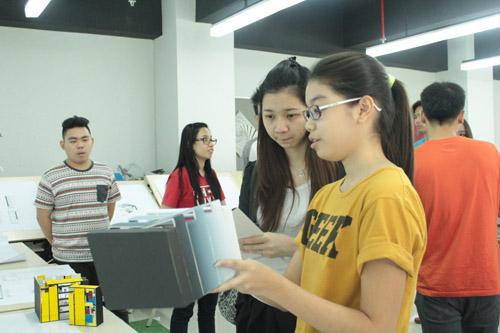 Project dari Lenkote untuk mahasiswa UC INA 2