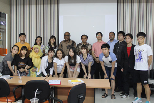 Foto bersama UC dengan Dongseo University